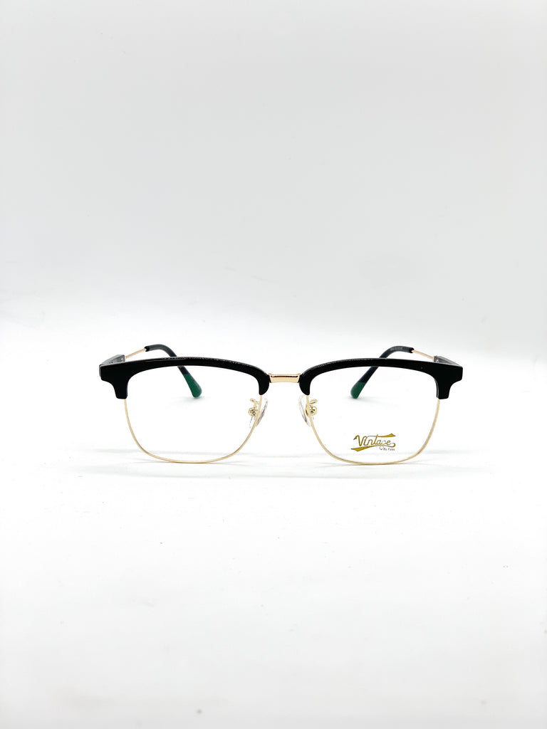 Gold retro glasses fom the front