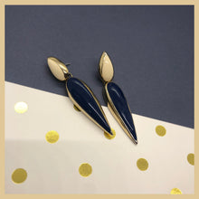 Load image into Gallery viewer, Vintage navy and cream dangles