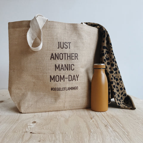 Manic Mom Day Shopper