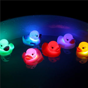 Floating Newborn Baby Bath Time Toy Changing Color Duck Flashing LED Lamp Light  lights up automatically when putting in water