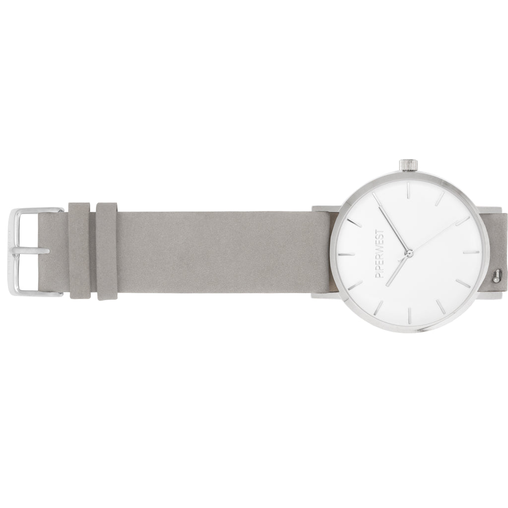 Classic Minimalist 42mm Timepiece in Silver