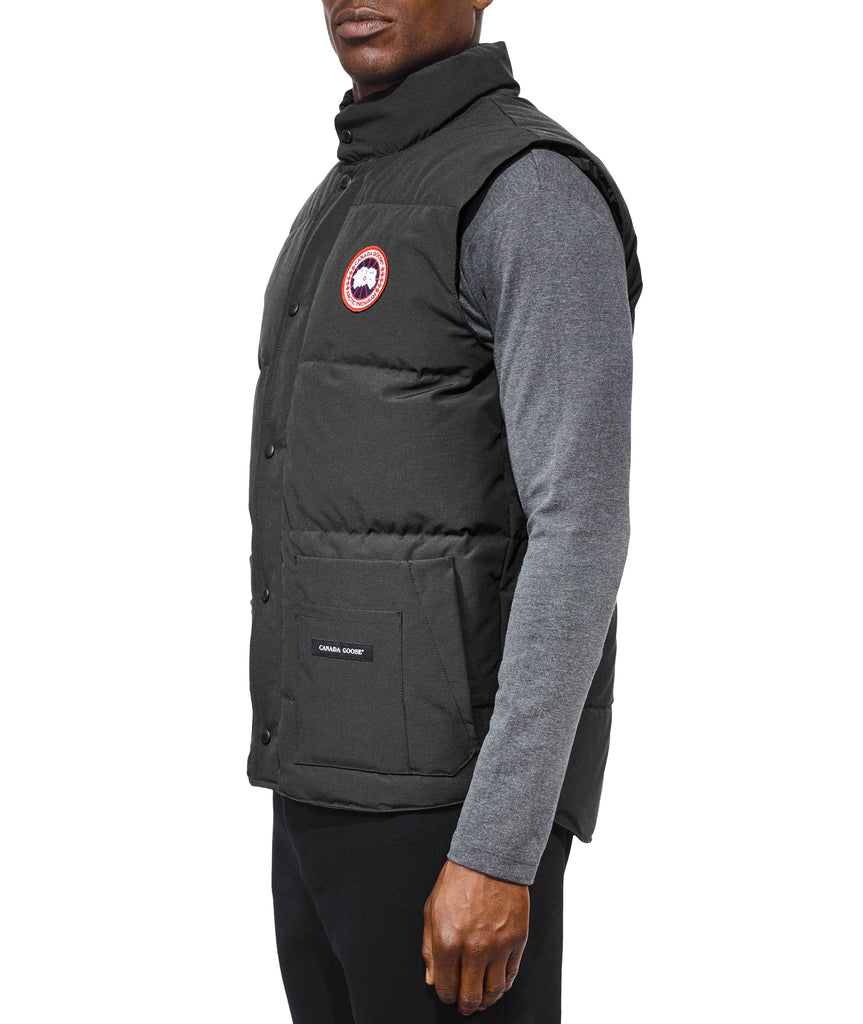 Men's Freestyle Crew Vest in Graphite