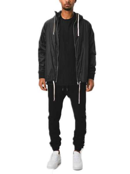 Storm Spray Jacket In Scratched Black