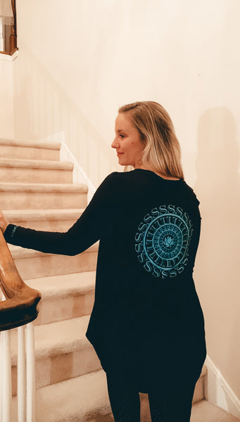 Graphic Ladies Medallion Long Sleeve T with Cuff Print Logo