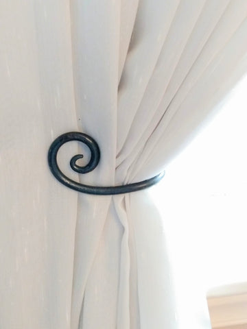 Scroll Design Curtain Tie-back (Set of 2)