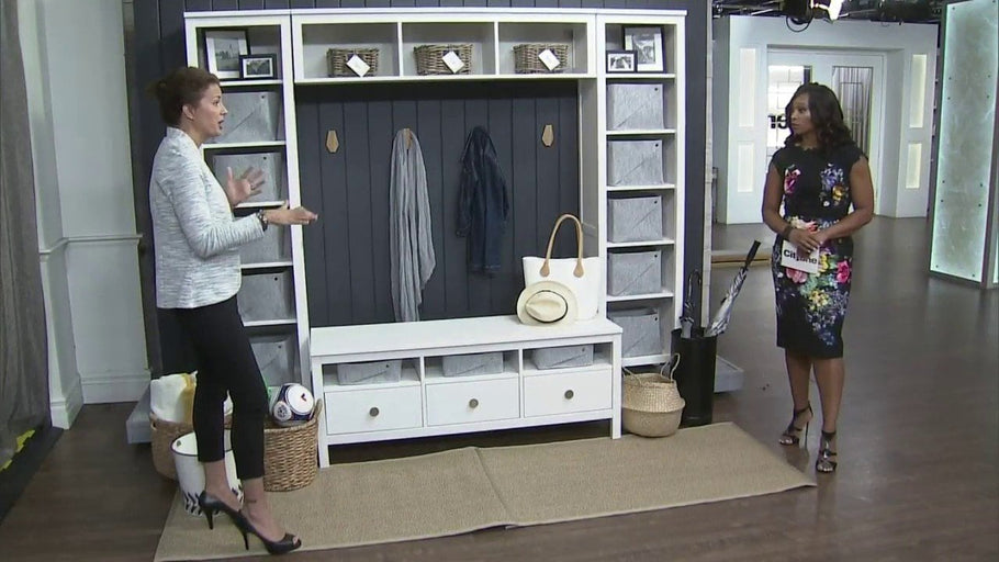 Interior designer, Stacy McLennan shows us how you can maximize storage and keep things organized in your mudroom.