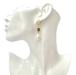 Lunara white freshwater pearl and glittering black stone earrings - The Jewelry Palette