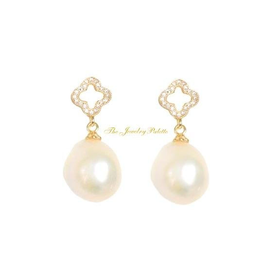 Bella clover white pearl drop earrings - The Jewelry Palette