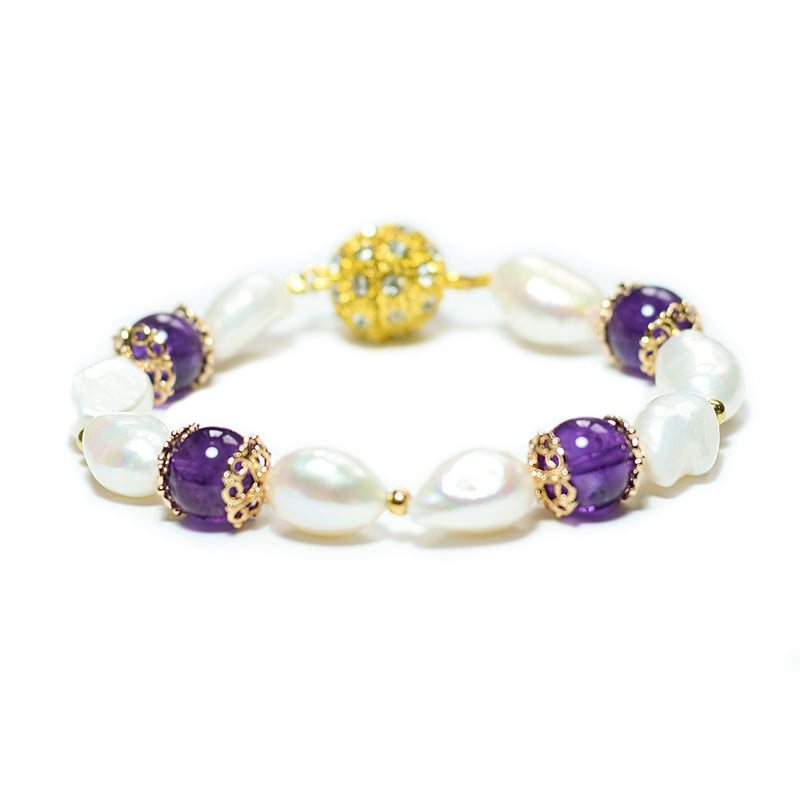 Simra white freshwater pearl and gold-edged amethyst bracelet - The Jewelry Palette