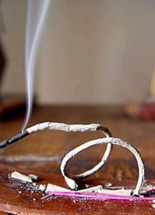 Burning incense, candles, oil-burners - fire safety precautions