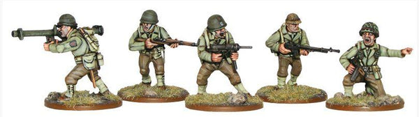 1/56th WWII US Infantry (Italeri) 10 Figs +Glue+Paints