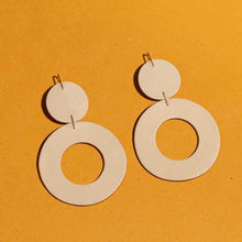 Load image into Gallery viewer, Stela Earrings, White