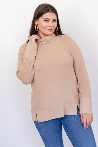 Carol Top (Curvy), Khaki - Rose & Lee Co