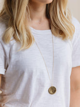 Load image into Gallery viewer, Chelsie Necklace, Brass