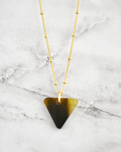 Tyra Necklace, Triangle Dark