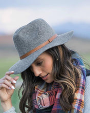 Load image into Gallery viewer, Classic Felted Wool Fedora, Charcoal