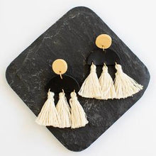Load image into Gallery viewer, Bahari Clay Natural Tassel Earrings