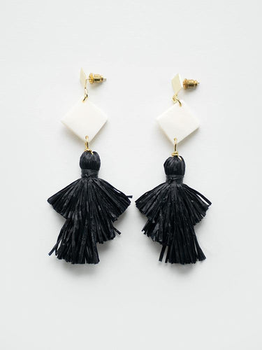 Abbey Earrings, Black