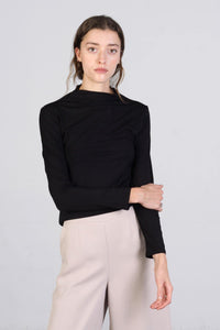 Susan Top, Black