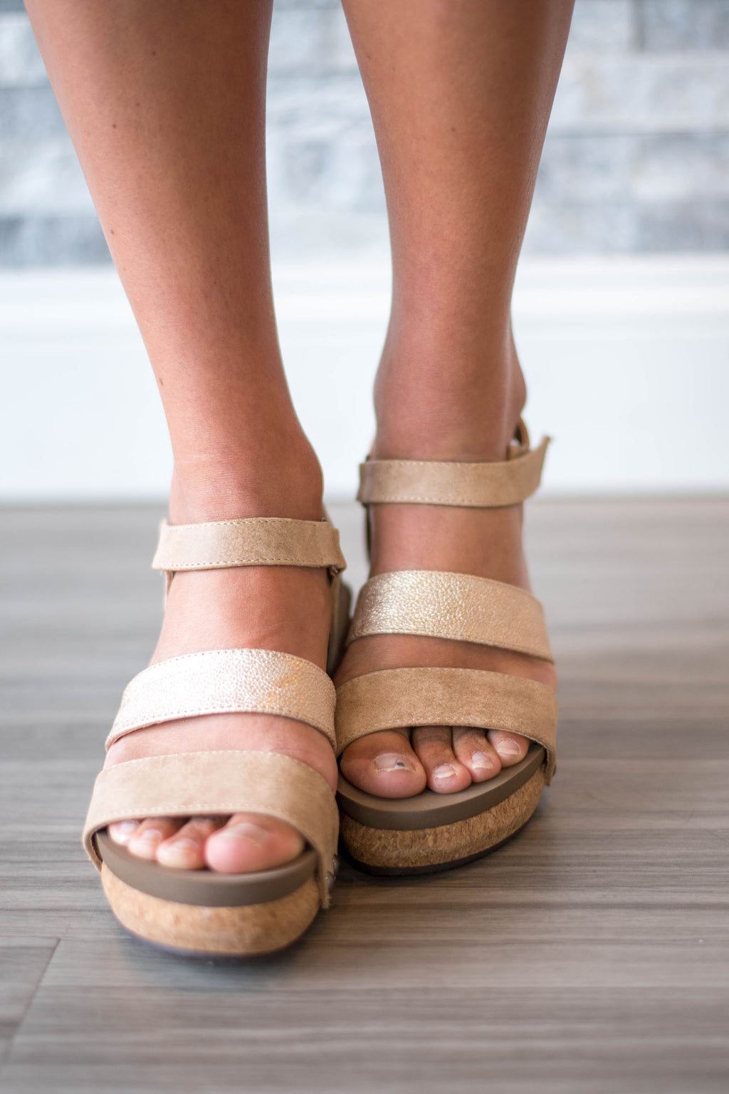 Cona Tan Wedges