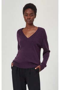 equipment madalene v-neck