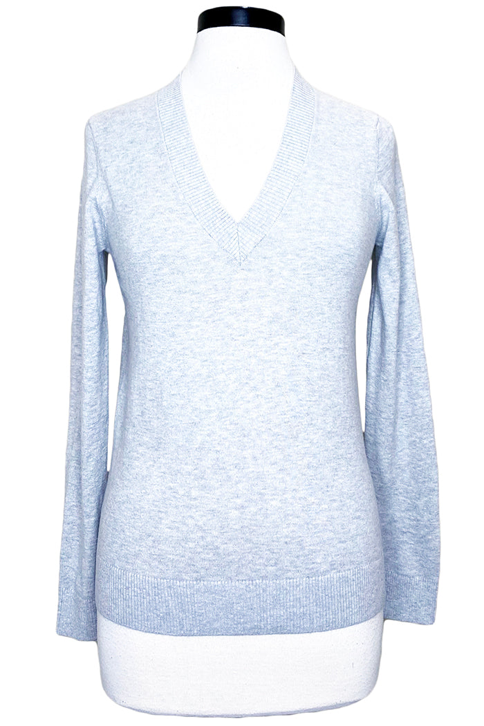 minnie rose long sleeve v-neck light heather grey