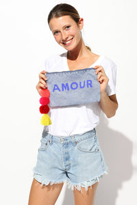 sundry amour pouch