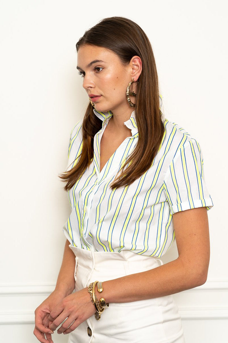 the shirt short sleeve shirt with loose back