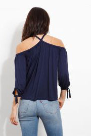 three dots iliya top