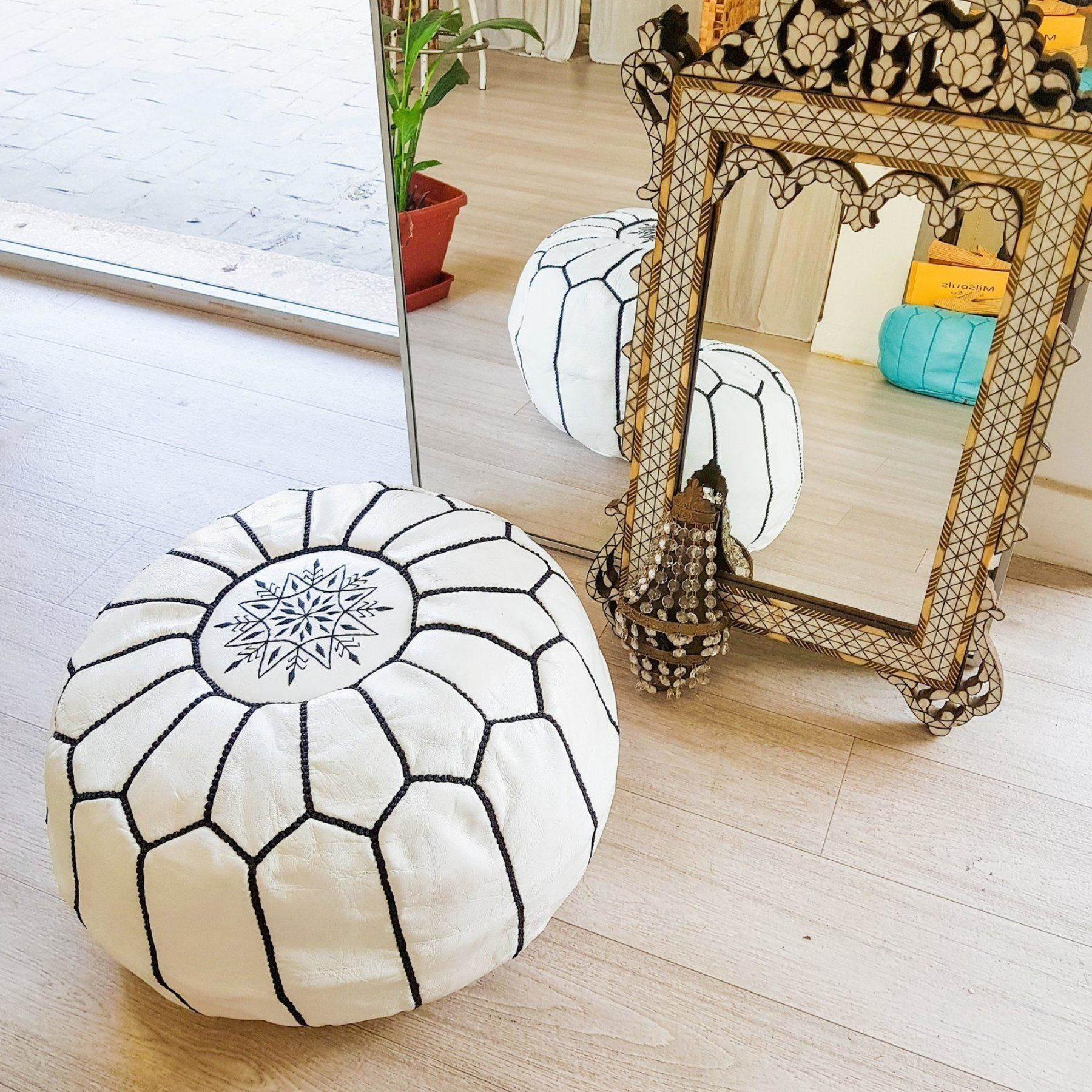 Moroccan Leather Ottoman-Pouf White/Black