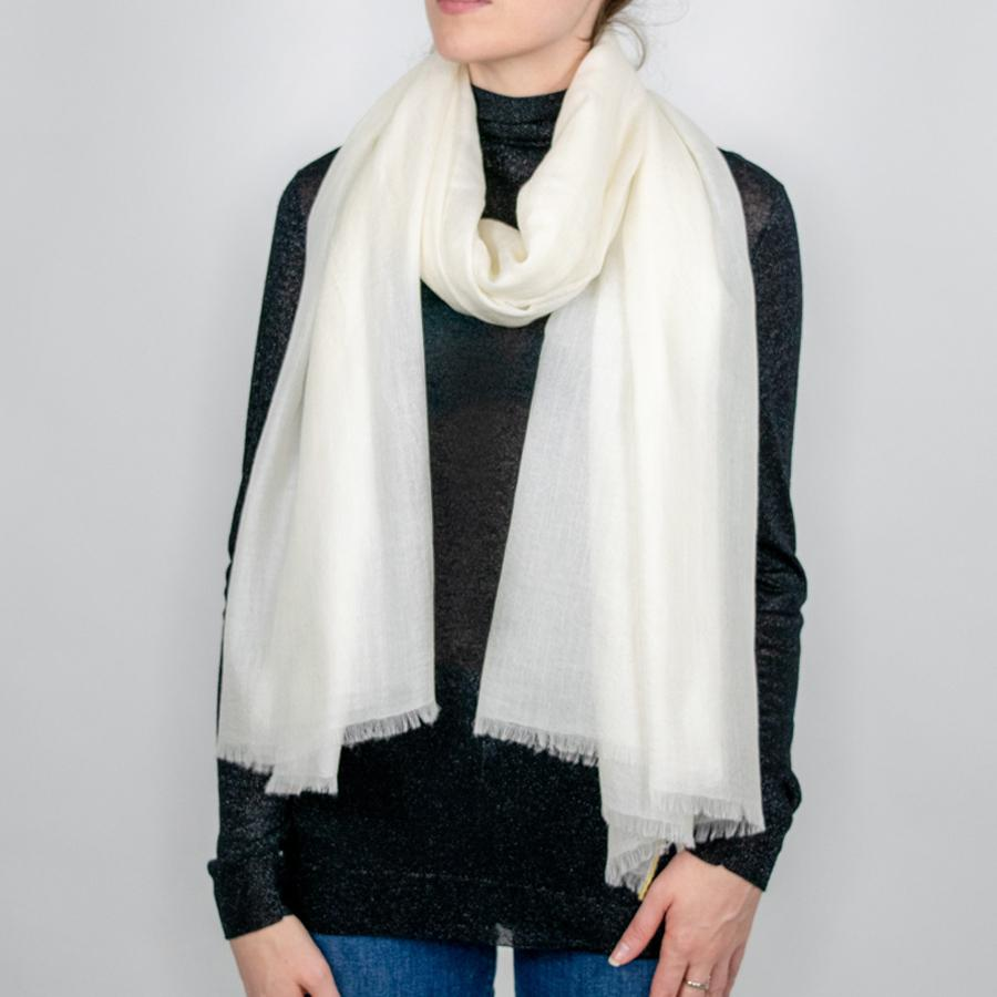 Cashmere Scarf in Cream