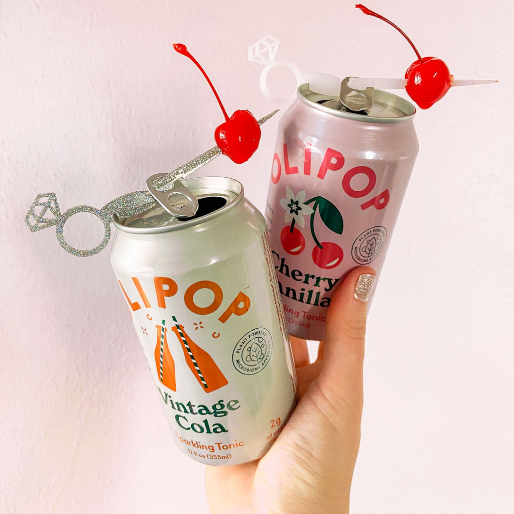 Silver glitter and white diamond ring drink marker set for canned drinks. Swizzly Stick can marker and cocktail stick combo.