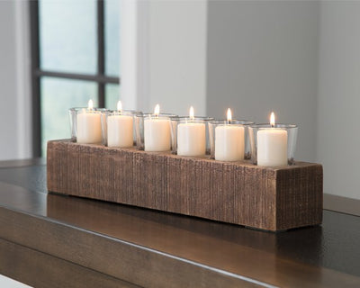 Cassandra Signature Design by Ashley Candle Holder