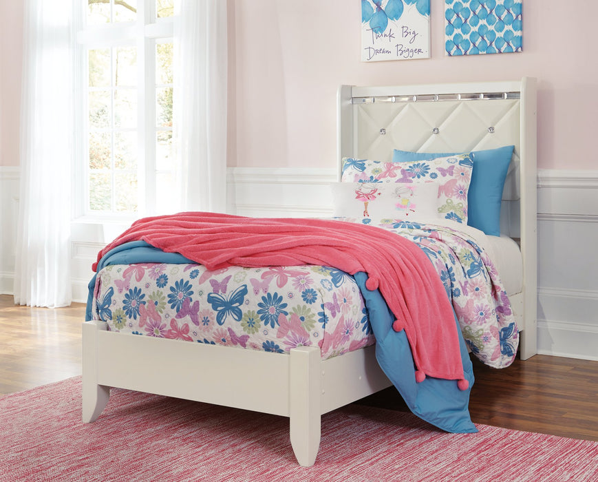 Dreamur Signature Design by Ashley Bed