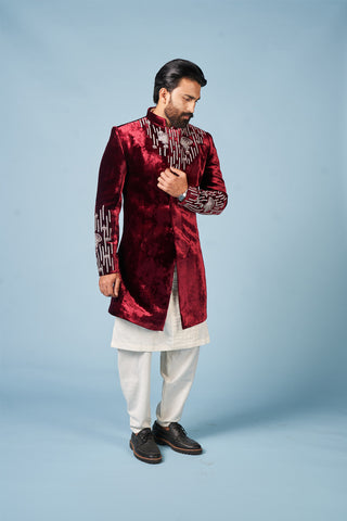 traditional fashion means in India