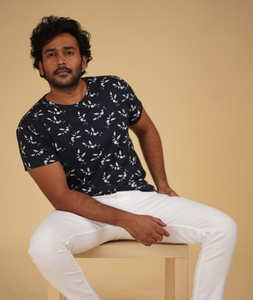 Doven White Leaf Print T-Shirt