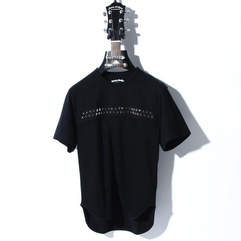 COMPACT PILE CHROMIUM STAR STUDDED SHORT SLEEVE / B:BLACK