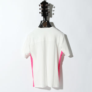 COMPACT PILE SIDE LINE CROSS STUDDED SHORT SLEEVE / B:OFF WHITE×NEON PINK