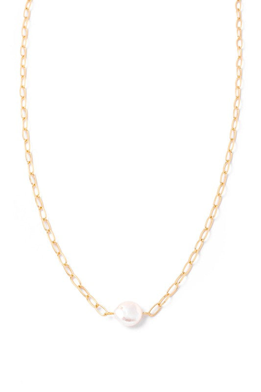 Stunning Pearl Necklace
