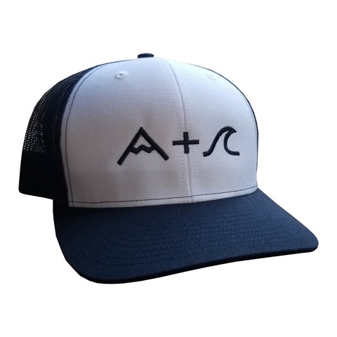 Mountain & Wave Trucker