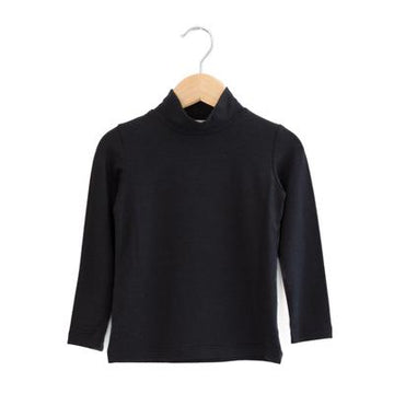 Made with a buttery soft bamboo jersey, this turtleneck has a nice relaxed fit ideal for kids. Perfectly gender neutral.