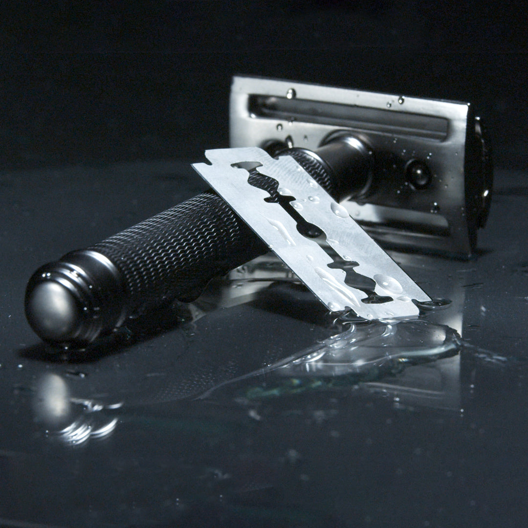 The Bladesman Double Edge Safety Razor - Matte Black Brass - The Bladesman