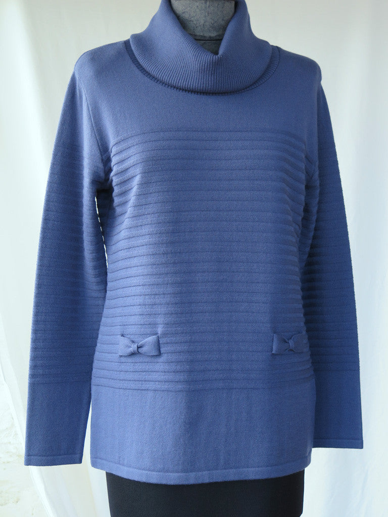 Eugen Klein sweater