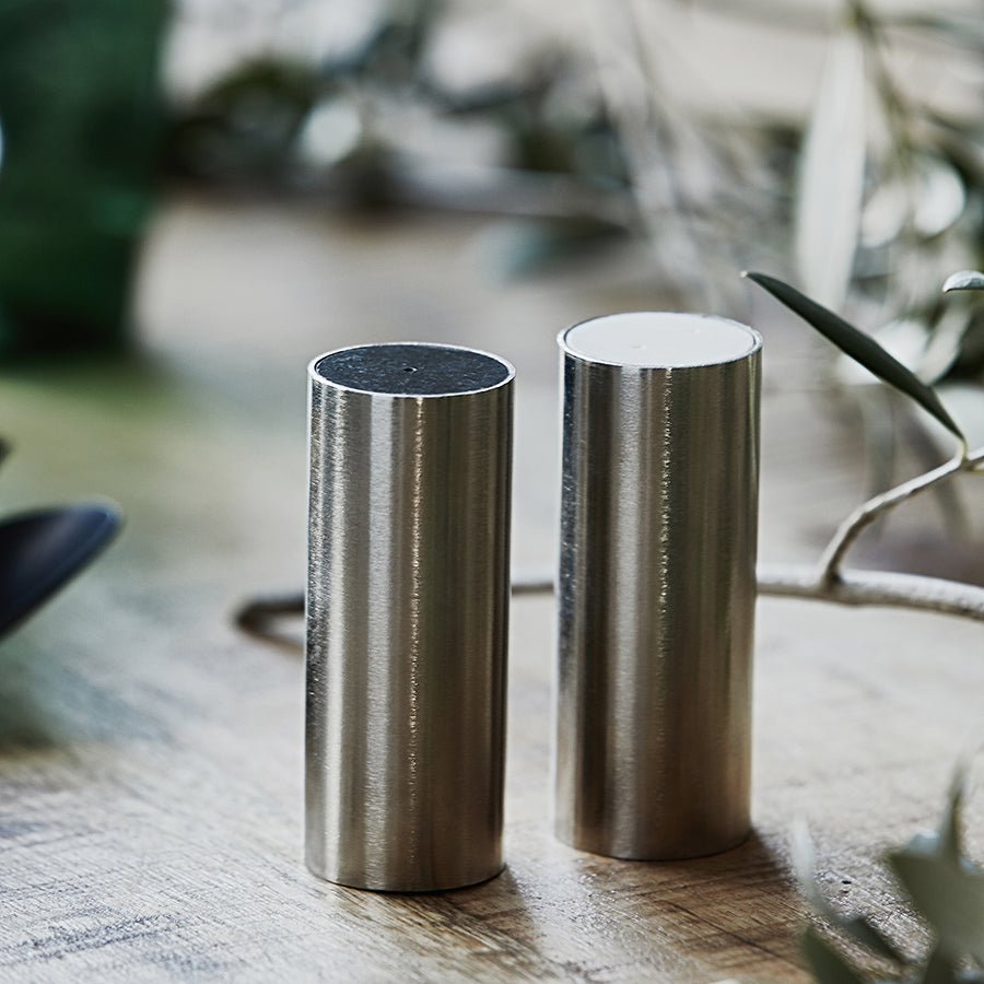 Housedoctor Salt and Pepper, Tall, Brushed Silver
