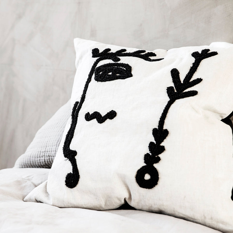 Ingo cushion