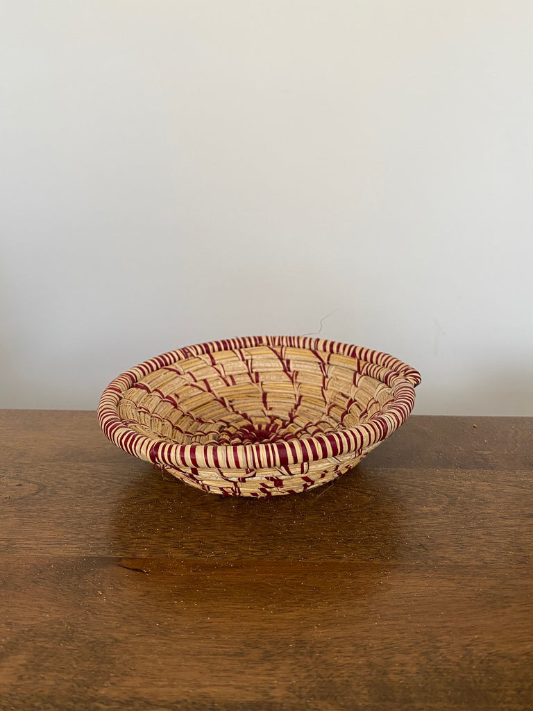 Disk Basket - Natural & Burgundy 6""