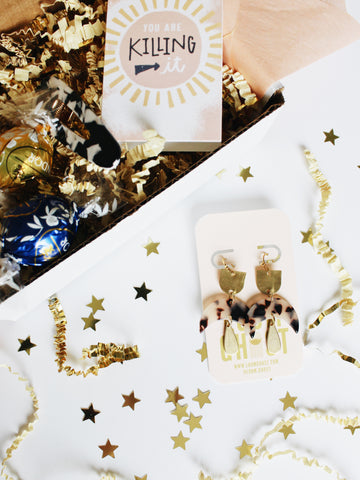 "BESTIEBOX // WITH ""LUMI"" EARRINGS"