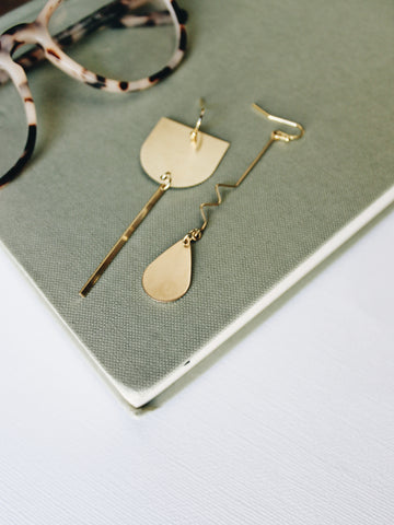 GAMMA WAVE asymmetrical earrings