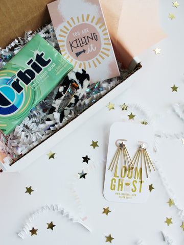 "BESTIEBOX // WITH ""SHOOTING STAR"" EARRINGS"