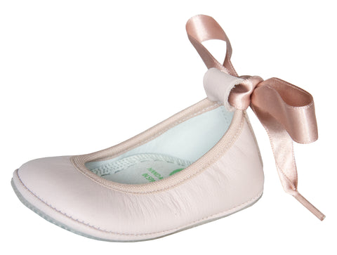 Segovia Ballerina Flat in Pink Leather